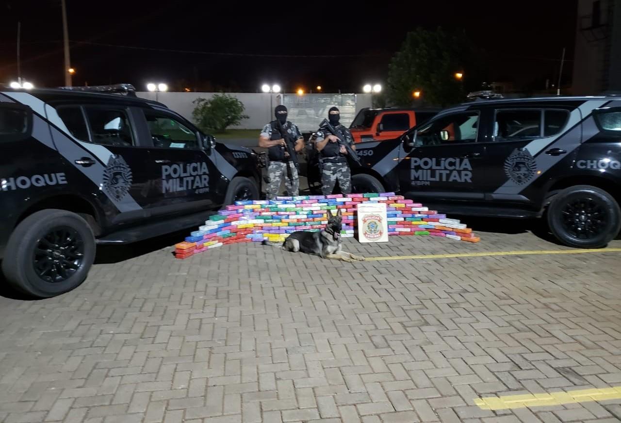 Idoso é preso transportando 171 tabletes de crack em carreta