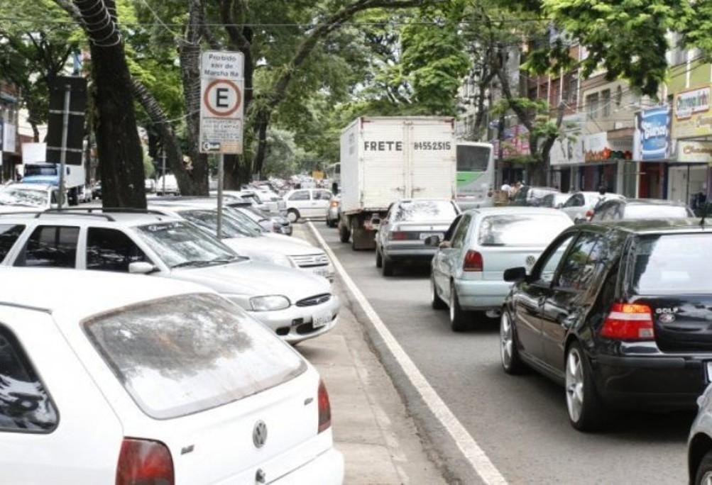 Tecnologia pode ajudar a organizar estacionamentos na cidade