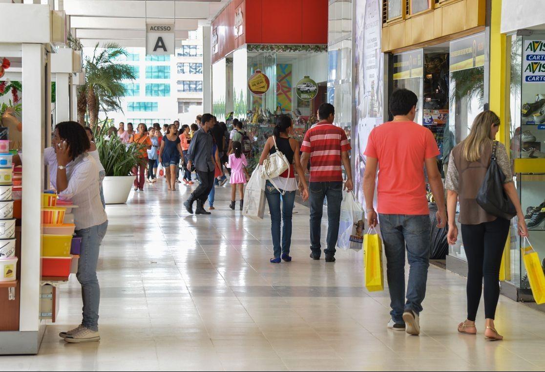 70% dos consumidores vão comprar presentes