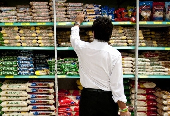 Prefeitura de Maringá não multou supermercados que abrem aos domingos