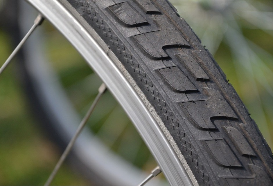 Todos os anos, cerca de um bilhão de pneus de bicicletas vão para o lixo