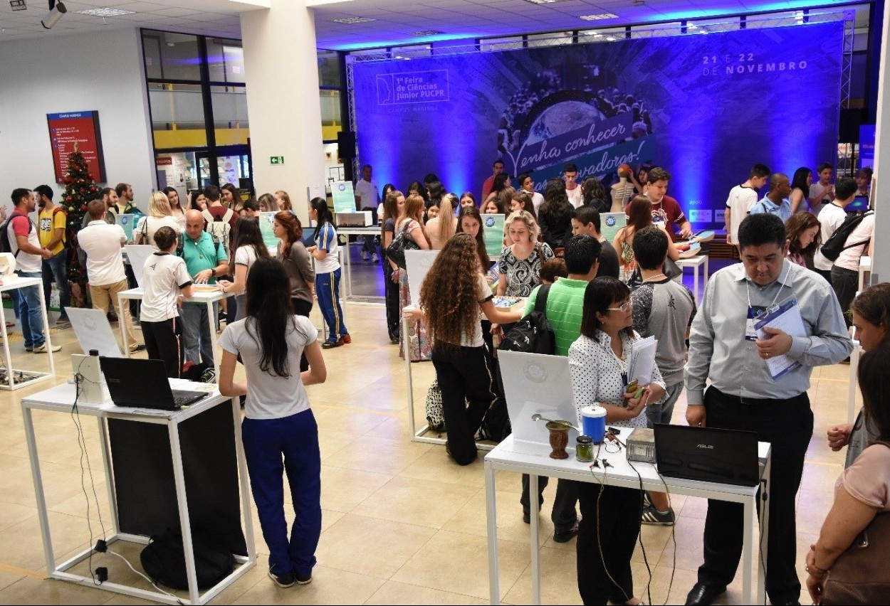 Feira de Ciências Júnior ocorre em Maringá