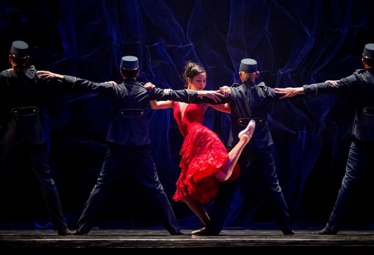 "Balé Teatro Guaíra apresenta ""Carmem"" em Maringá"
