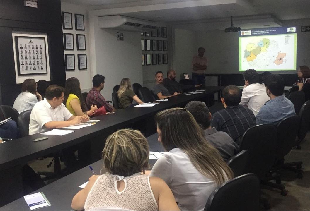 Amusep sedia curso sobre implementação e revisão do Plano Diretor