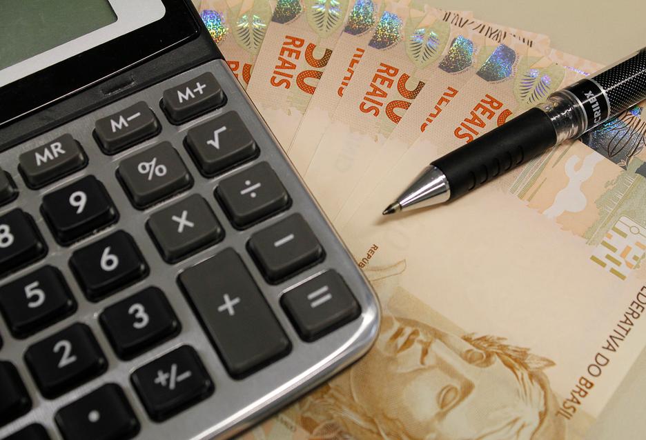 Economia brasileira passa por recessão técnica