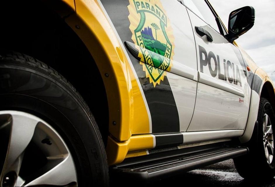 Motorista de ônibus é ferido por faca durante tentativa de assalto
