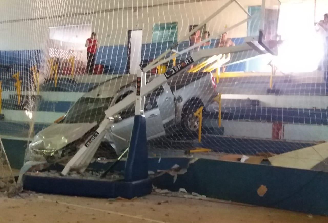 Ex-jogador de vôlei de Maringá e secretário de esportes de Assis Chateaubriand morre atropelado dentro de ginásio