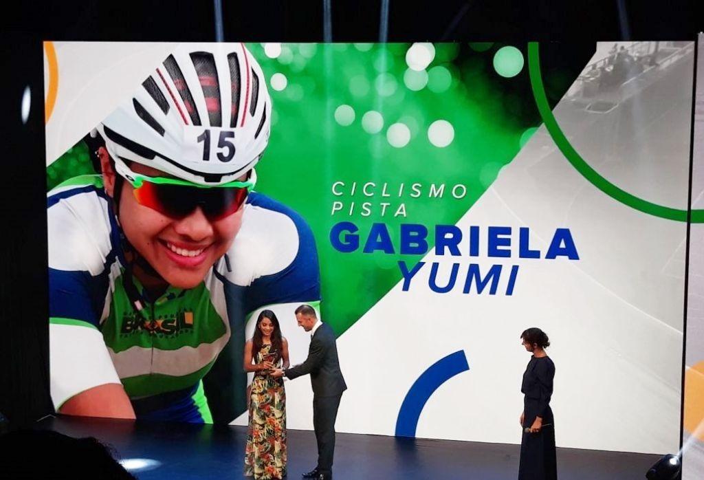 Atleta maringaense recebe prêmio Brasil Olímpico
