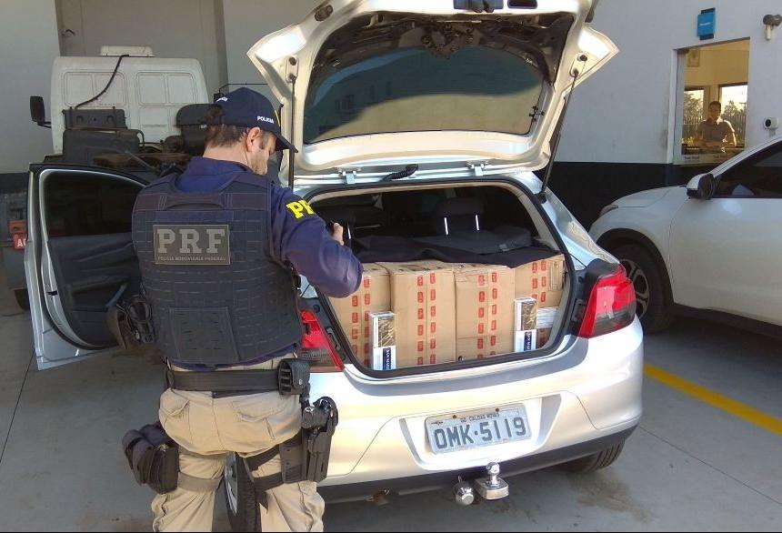 Motorista é preso com 11,5 mil maços de cigarro contrabandeados