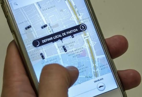 Semob não consegue dados dos motoristas do Uber para fiscalização