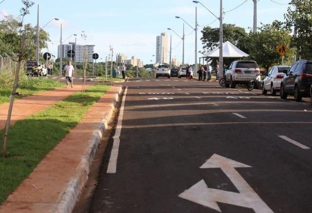 TCE avalia a qualidade do asfalto em duas vias públicas de Maringá