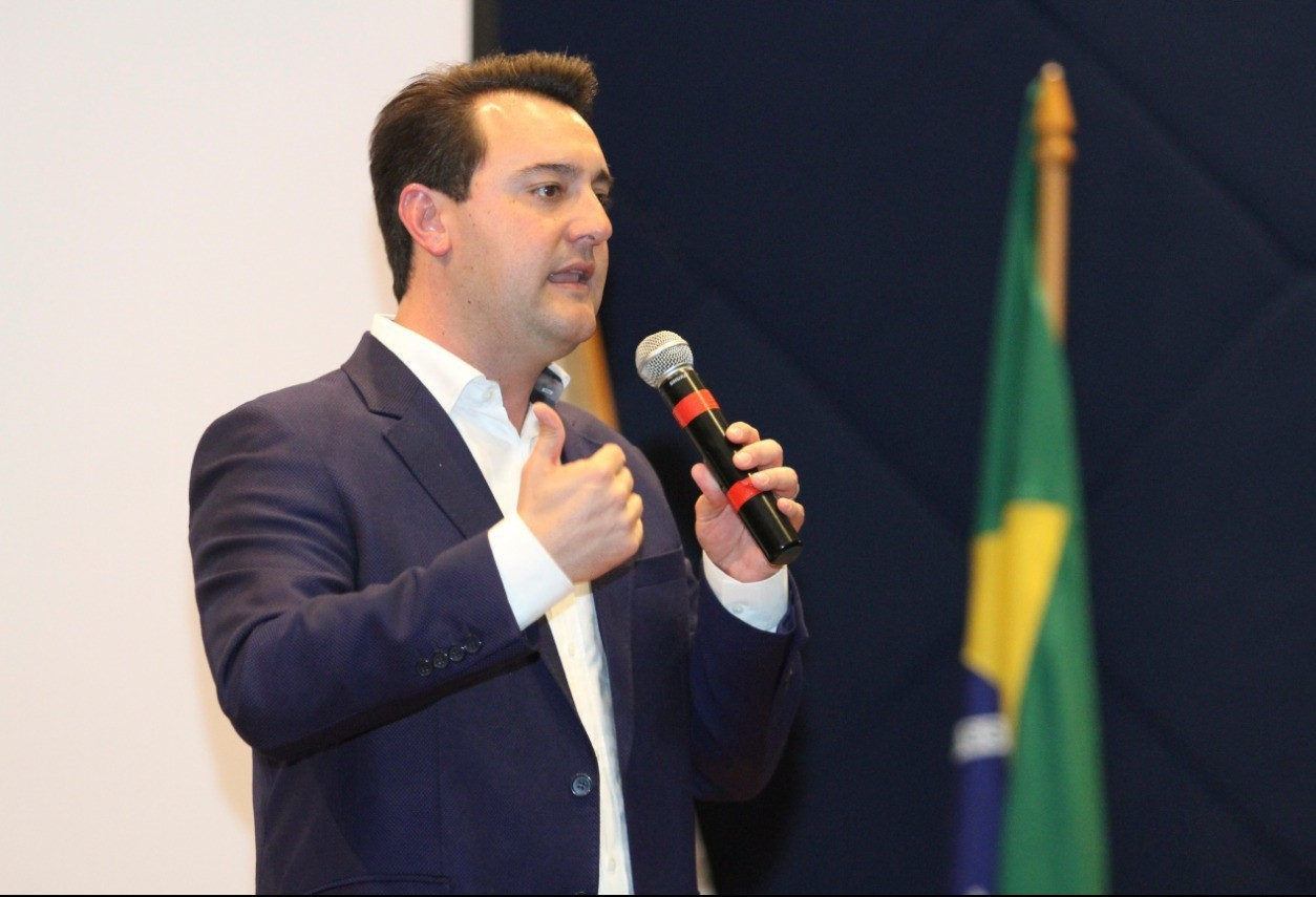 'Integração dos municípios e parques regionais para a indústria são prioridades'