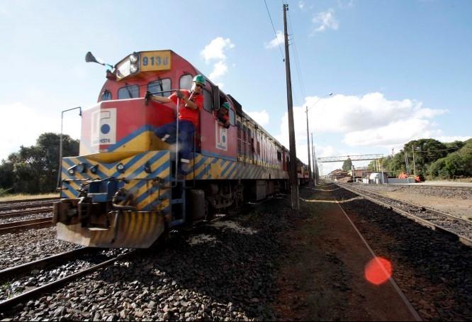 Estudos para ligar ferrovia paranaense ao MS estão avançados