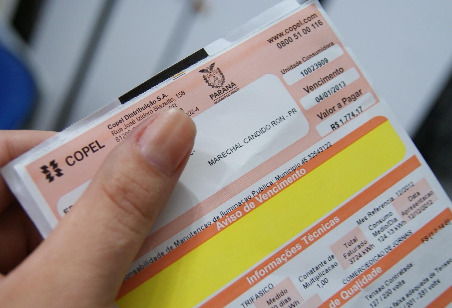 Dos 73 locais cadastrados pela Copel, somente 22 recebem pagamento da conta em dinheiro