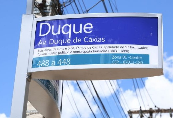 Maringá terá 1.188 placas solares com nomes de rua