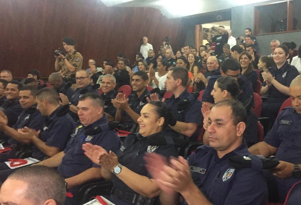 30 guardas concluem curso para porte de armas