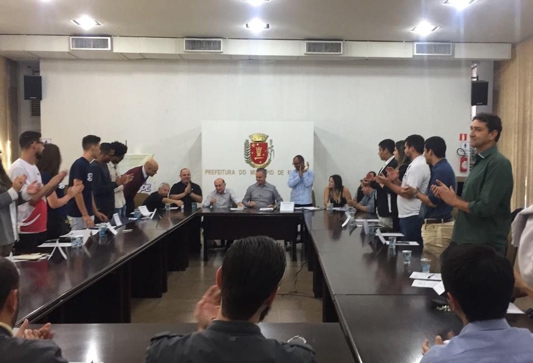 Conselheiros da Juventude são empossados em Maringá
