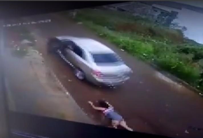 Homem que atropelou e arrastou ex-mulher está solto