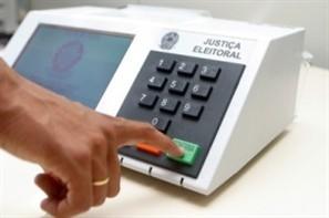 Quase todos os vereadores de Maringá devem ser candidatos nas eleições de 2012