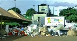 Coleta seletiva está parada em Maringá dizem cooperativas de recicláveis