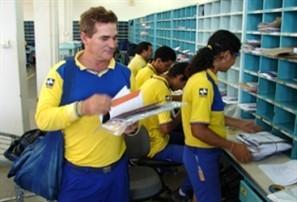 Greve dos Correios iniciada há dois dias provoca atraso na entrega de mais de 100 mil correspondências em Maringá