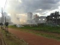 Fogo destrói mata no Jardim Laudicéia em Maringá