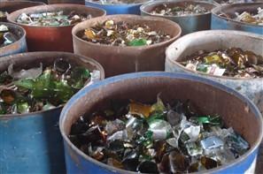 Cooperativa de Maringá recolheu cerca de 100 toneladas de vidros em um mês