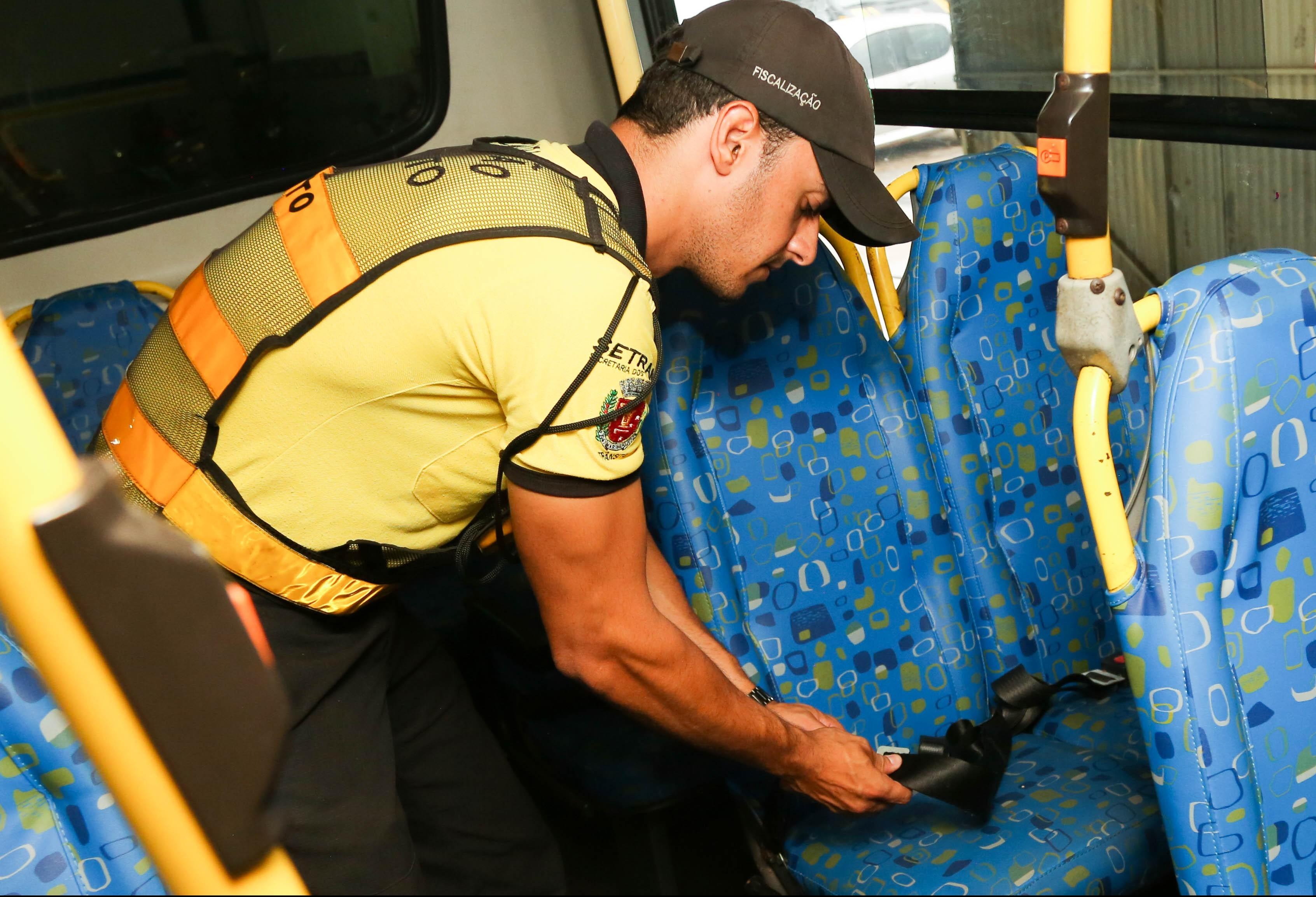 Mais de 80 vans escolares serão vistoriadas em Maringá