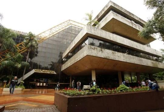 Por conta da greve dos caminhoneiros, data dos concursos da Prefeitura de Maringá é alterada
