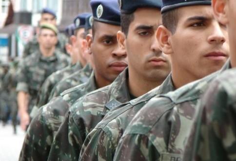 2.801 jovens se alistaram em Maringá