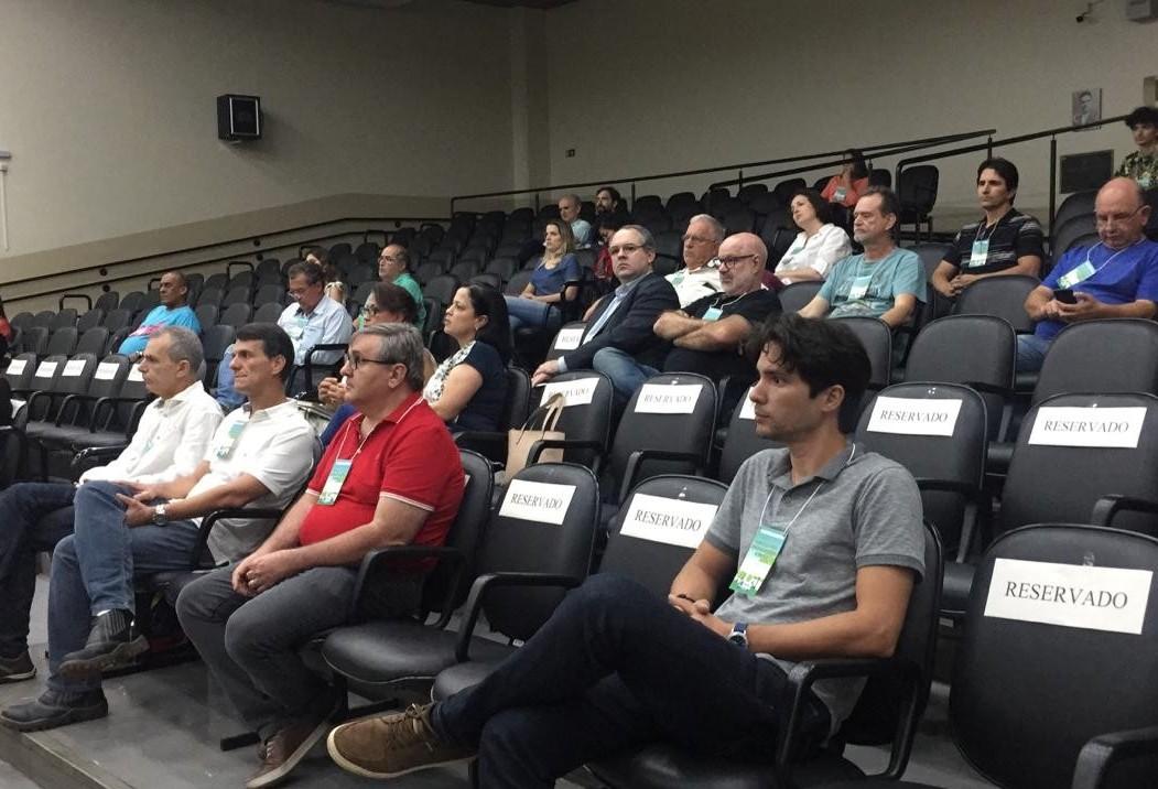 Plano de Arborização de Maringá é elogiado durante audiência pública