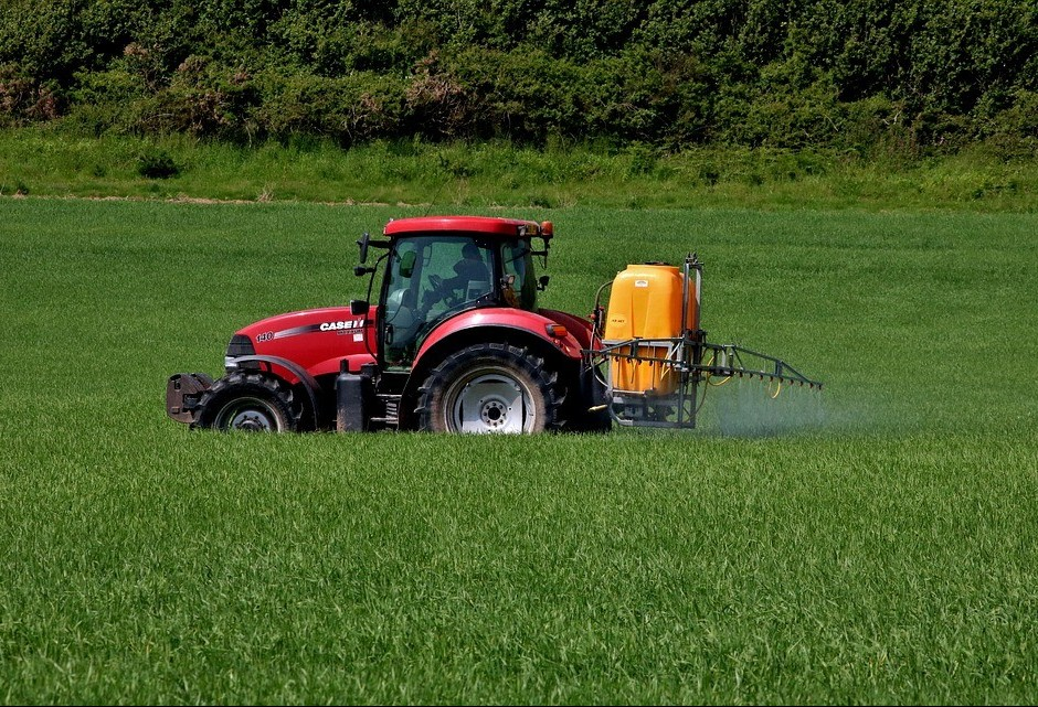 Aprovada a retirada do imposto de importação de inseticida usado no plantio de soja e milho
