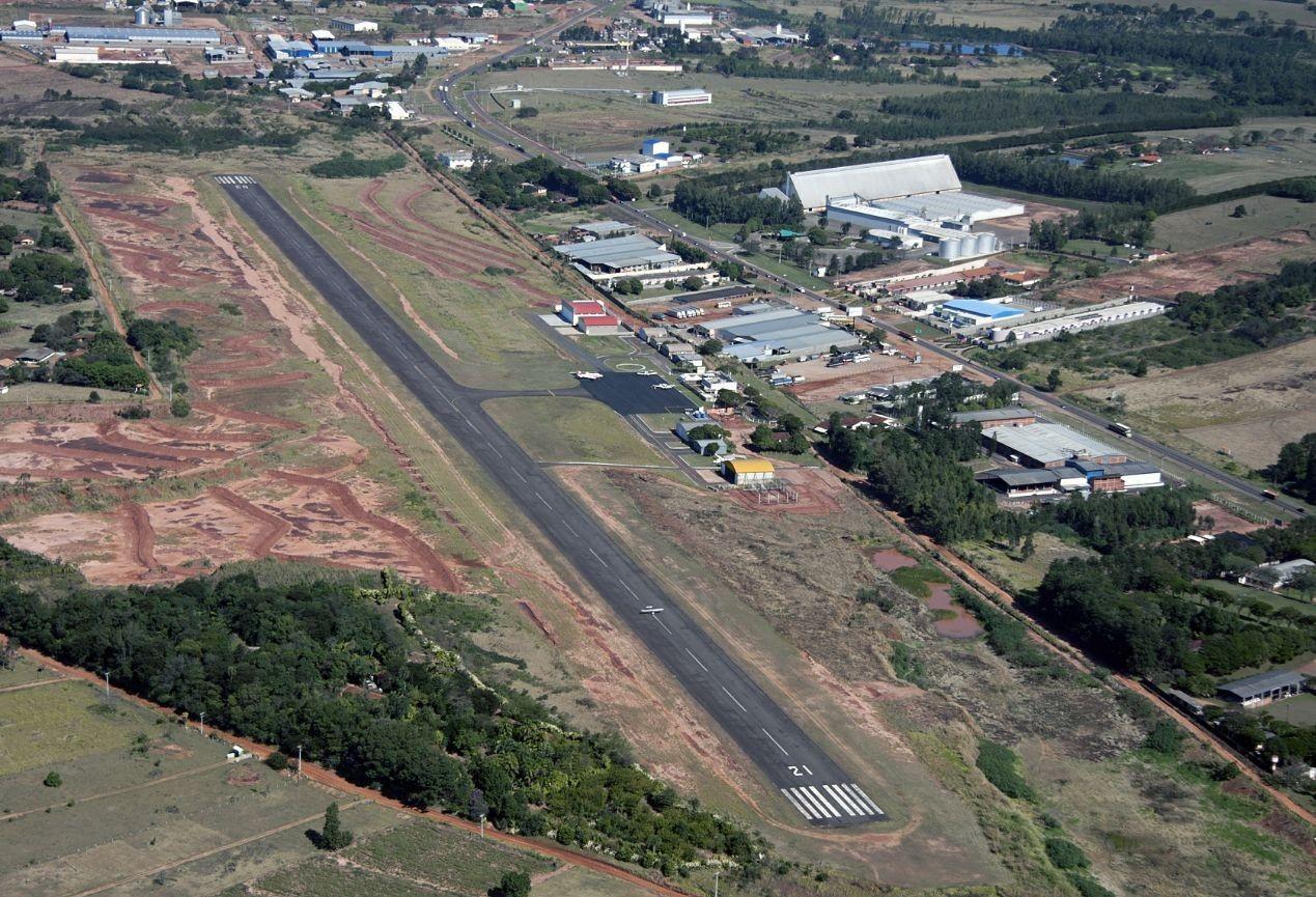 Voos comerciais retornam este ano no aeroporto de Umuarama