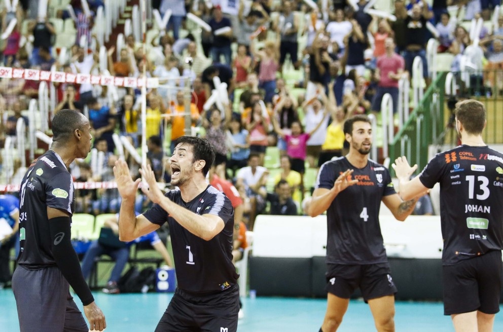 Copel Telecom vence Sesi-SP e vai para semifinal da Copa Brasil