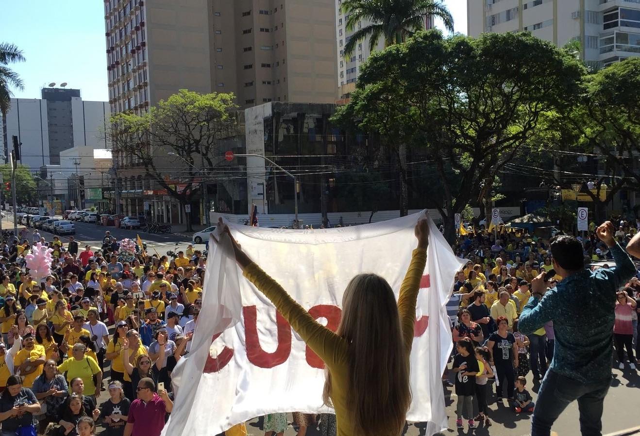 Marcha reúne evangélicos em Maringá