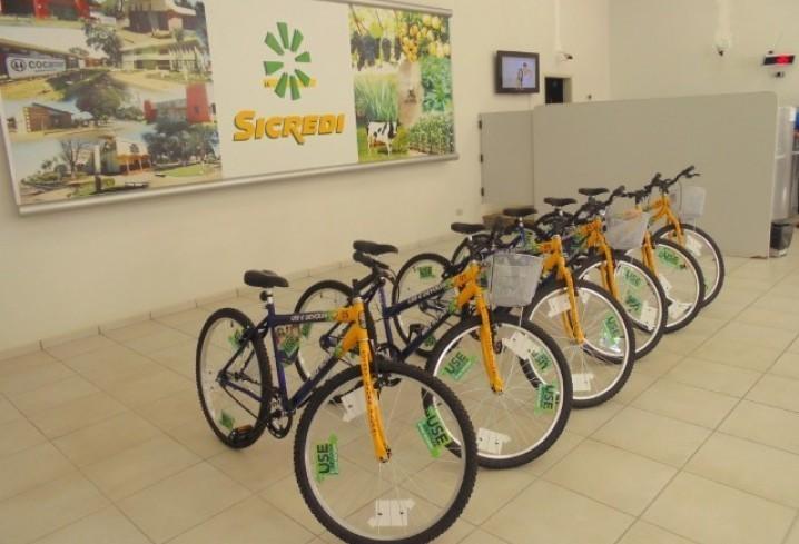 Banco e ONG estimulam o uso da bicicleta no interior do estado