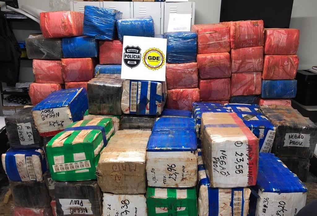 Quase três toneladas de maconha são apreendidas