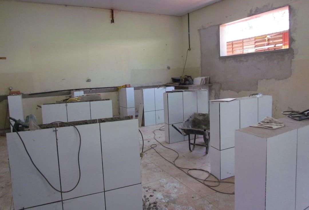 Colégio da PM em Maringá está em reforma