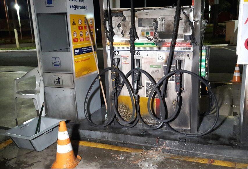 Polícia Civil investiga incêndio criminoso possivelmente motivado por preço mais baixo em posto de combustíveis