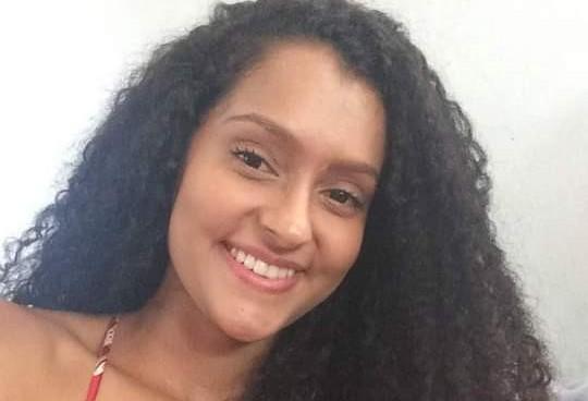 Apresentadora da TV UEM morre aos 21 anos