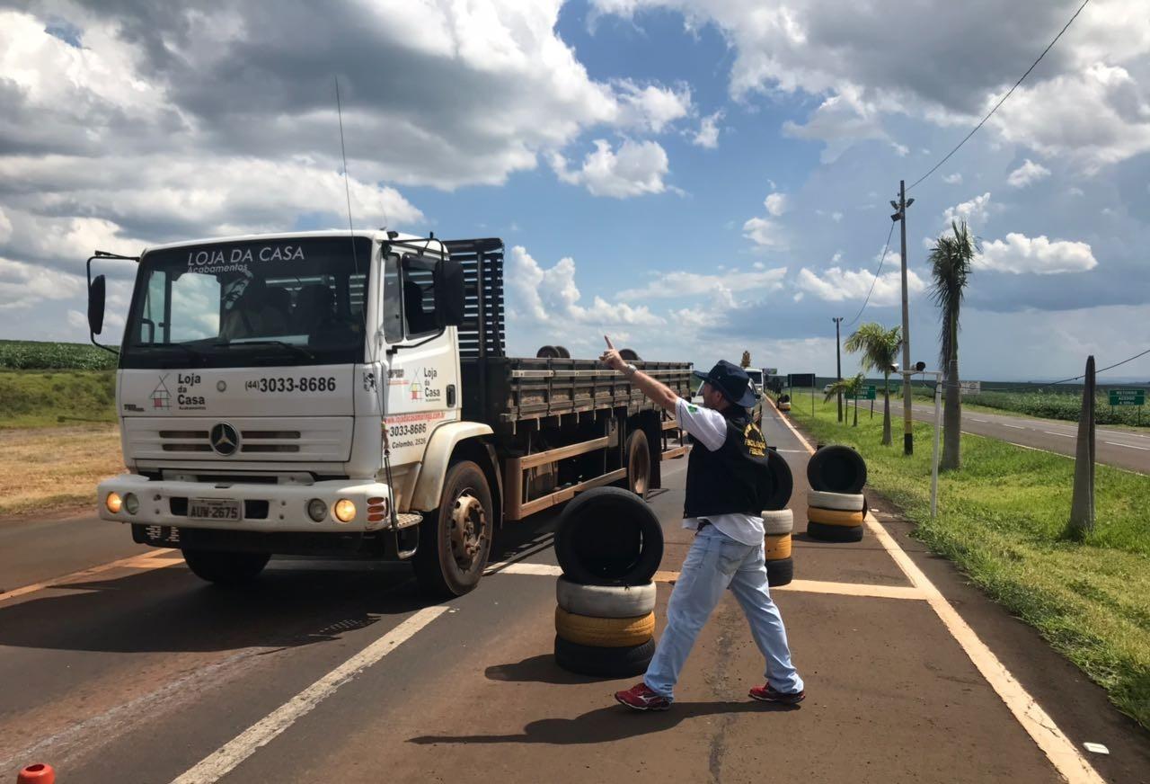 24 motoristas são autuados durante fiscalização de tacógrafos