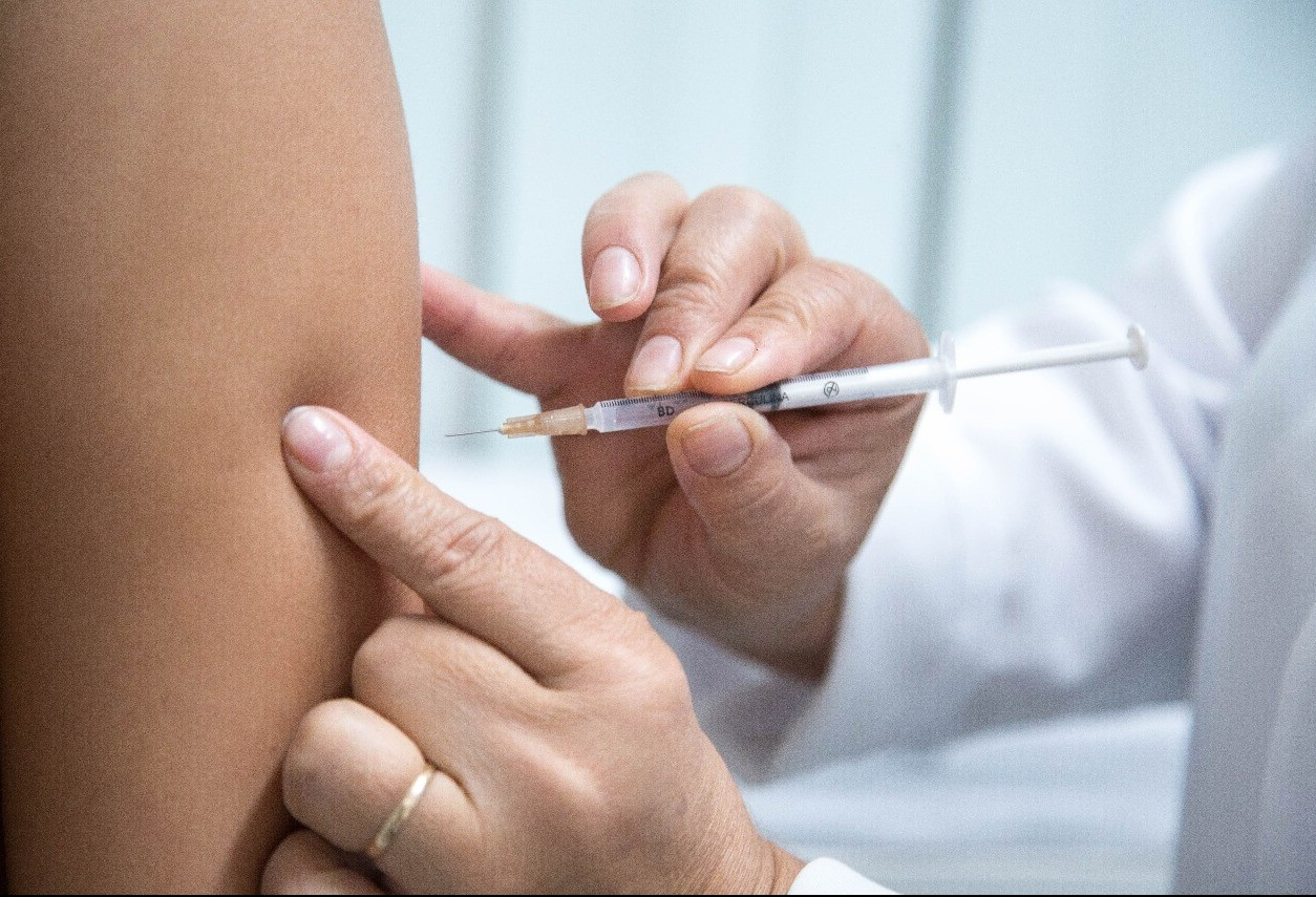 Vacina contra a gripe é liberada para profissionais da educação