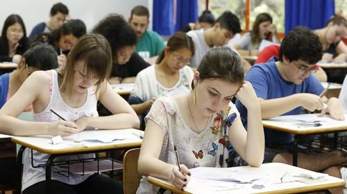 27 mil alunos fazem o PAS da UEM