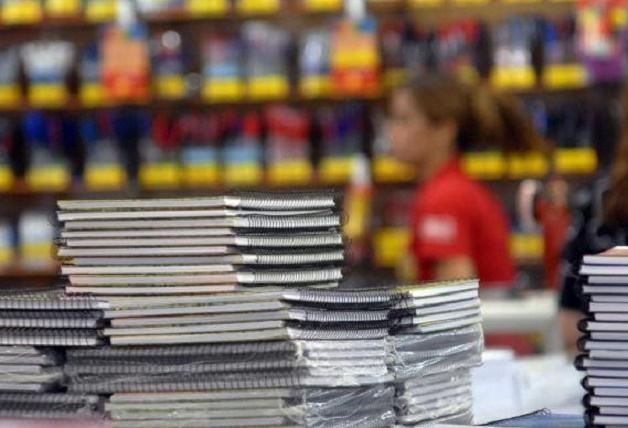 Município pretende pagar até R$ 5,4 mi em kits escolares