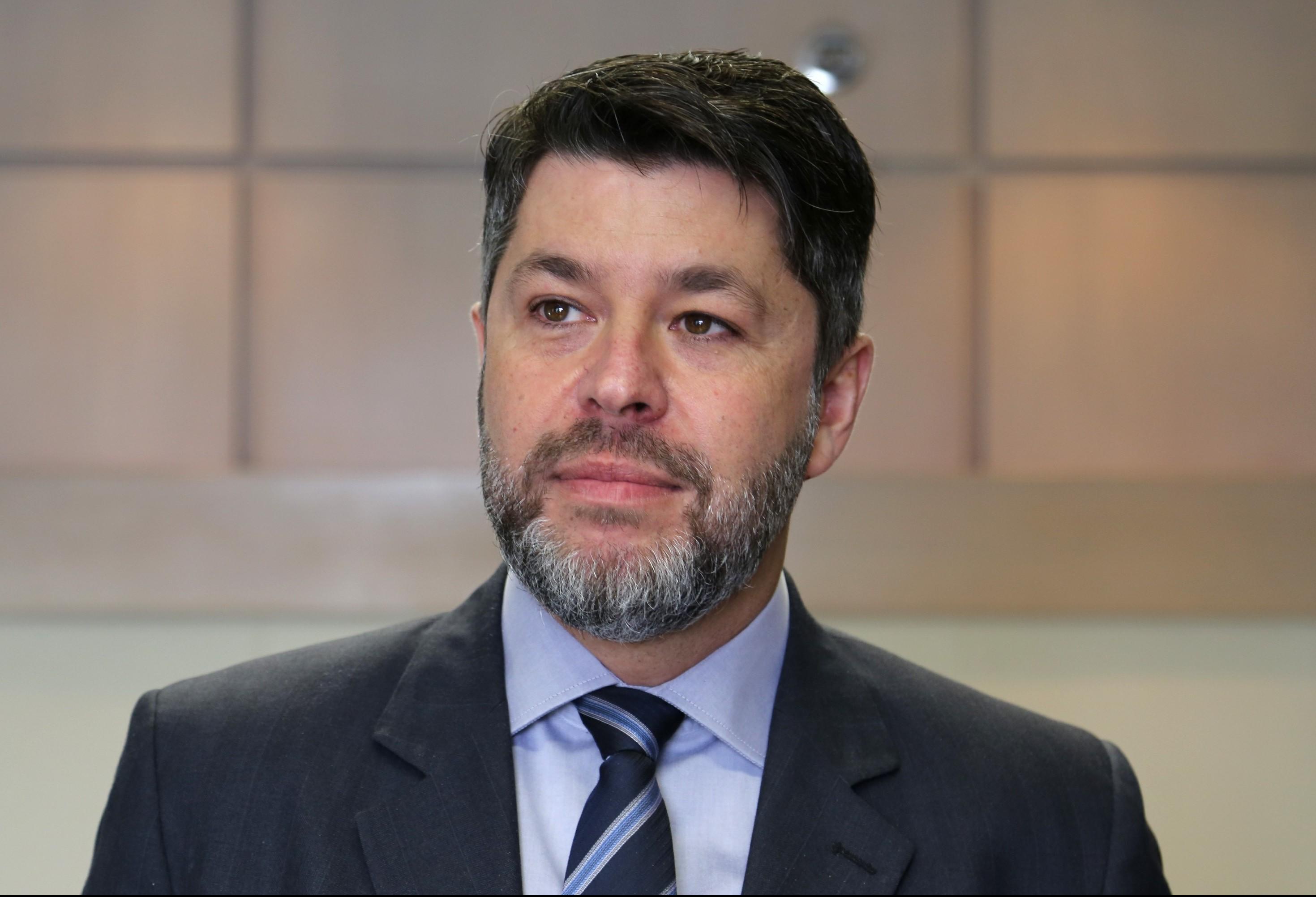 UEM não pode contrariar decisão judicial, diz procurador