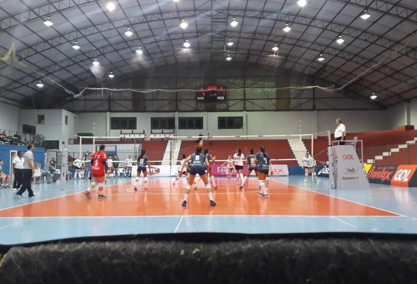 Amavolei termina na terceira colocação na primeira fase da Superliga B