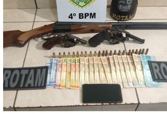 Homem é preso com três armas