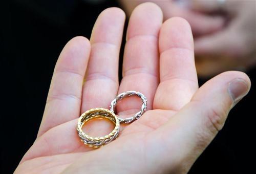 Cartórios vão realizar casamentos gratuitos para pessoas carentes
