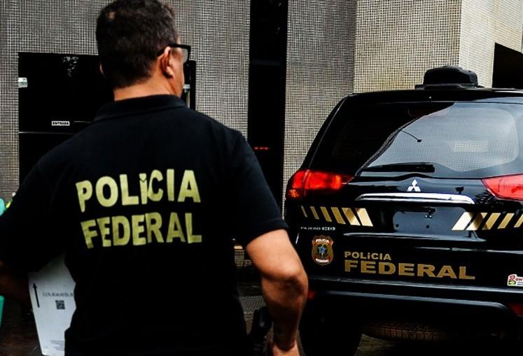 Polícia Federal cumpre mandado em Maringá