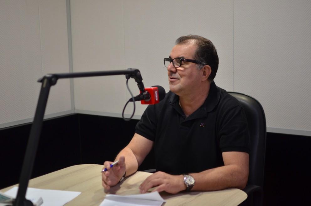 Há 21 anos, ator da Globo assume cargo de treinador do Londrina